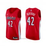 Camiseta Washington Wizards Davis Bertans #42 Earned Rojo