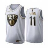 Camiseta Golden Edition Brooklyn Nets Kyrie Irving #11 Blanco